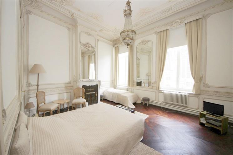 Majestueus  2 slaapkamer appartement met  een uniek zicht op het  Sint - Baafs!