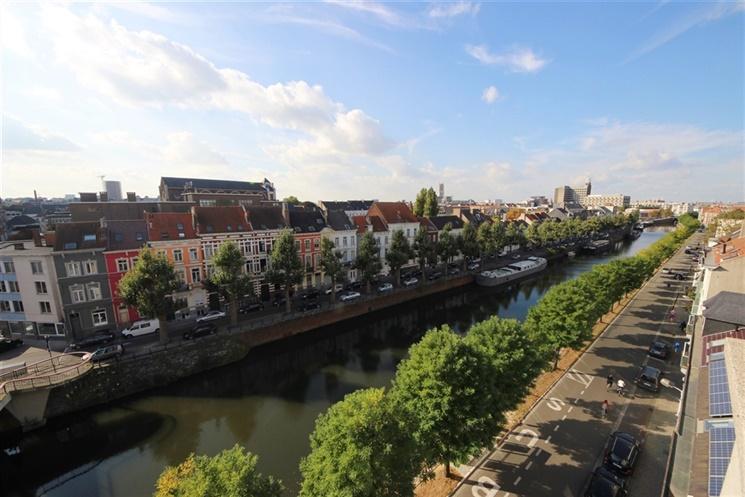 Appartement met zicht op de Visserij & binnenstad