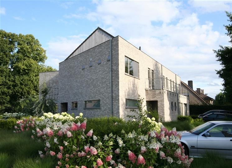 Lichtrijk appartement te huur in rustige omgeving!