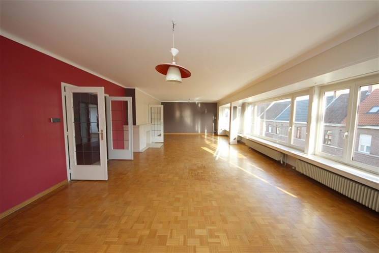 Ruim energiezuinig appartement in het centrum van Drongen