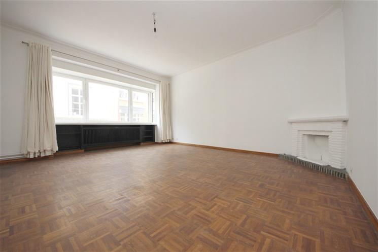 Instapklaar appartement nabij Gentse Vooruit
