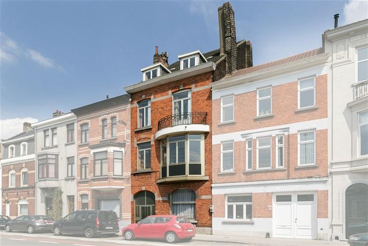 Statige burgerwoning op uitstekende locatie in Gent