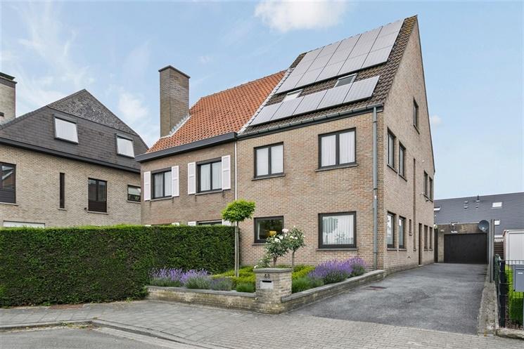 Instapklare woning aan de Schelde met 4 slpk en aangelegde tuin (incl. zonnepanelen)