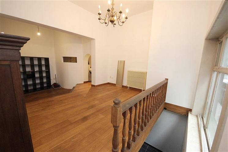 Aangenaam en prachtig gerenoveerd duplex-appartement in het centrum Gent!