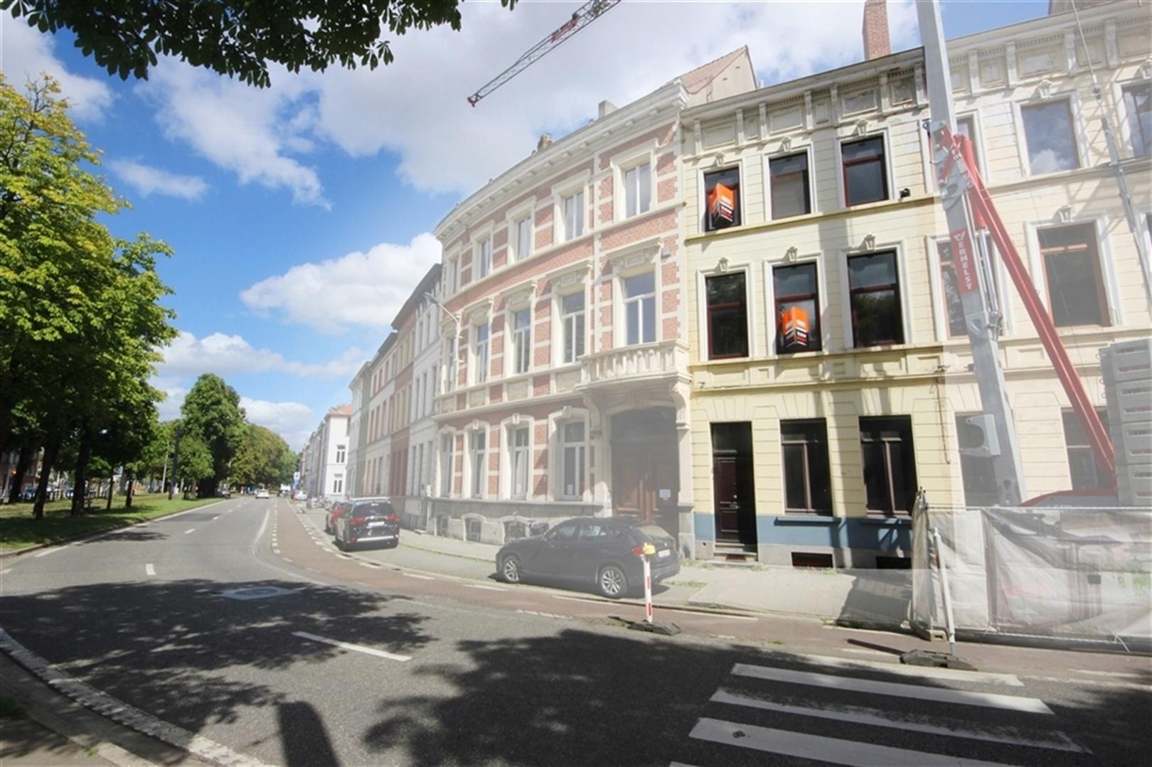 Bekijk VR Tour van Karaktervol herenhuis te Gent