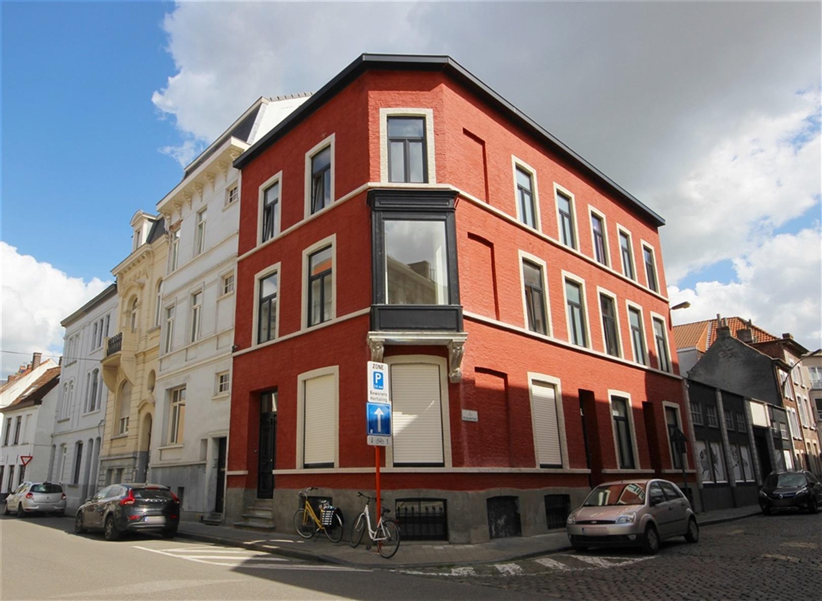 Charmante herenwoning met authentiek karakter nabij centrum Gent!